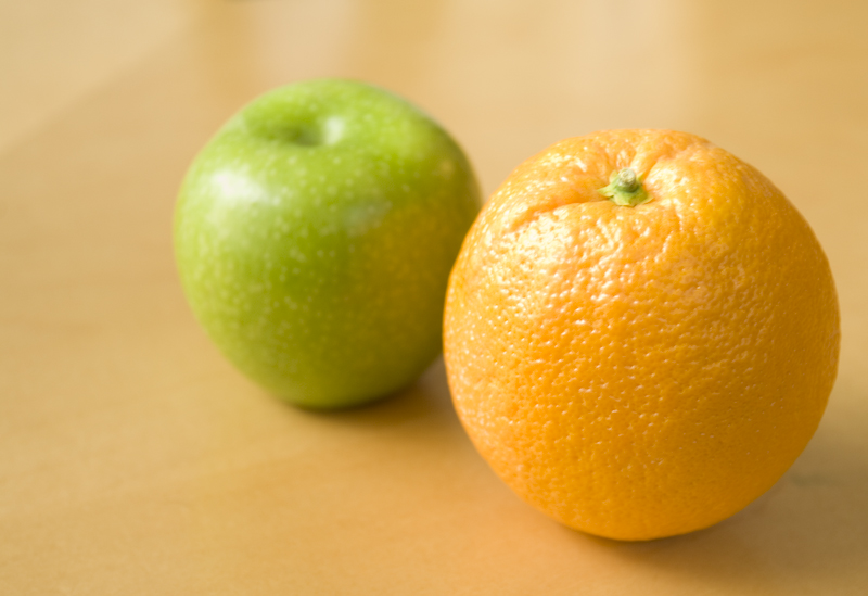 Apple_and_Orange_-_they_do_not_compare.jpg